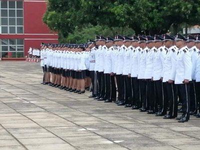 Nuevos policías: ministro quiere proceso de selección más tolerante