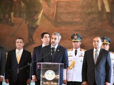 Ejecutivo ratifica su voluntad de fortalecer la democracia