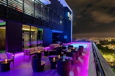 Hotel arranca temporada con renovado bar en su terraza
