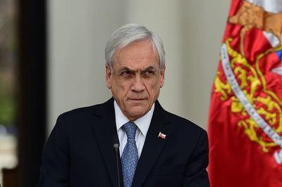 Chile: popularidad de Piñera se hunde a 10% en medio de crisis social
