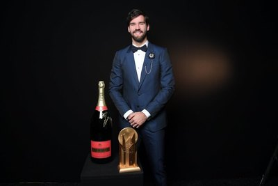 Alisson Becker, mejor arquero del año