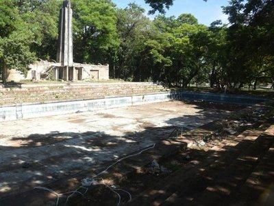 Itaipú abortó ayuda para revitalizar   Parque Caballero y pileta olímpica