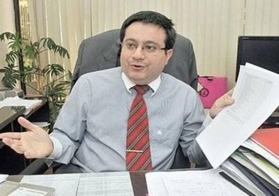 Juez ordenó captura de ex ministro de Función Pública