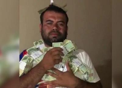Candidato alardea fajos de dinero y es promocionado por vinculados al narcotráfico