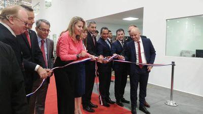 Inauguran empresa de autopartes en Luque