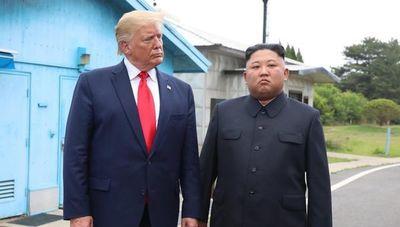 """Corea del Norte amenaza con nuevas pruebas de misiles como """"regalo de Navidad"""" para EE.UU."""