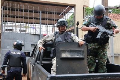 Amotinamiento en cárcel de Ciudad del Este deja dos heridos