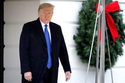 Expectativa por publicación de informe sobre investigación de juicio político a Trump
