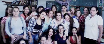 """Lizza Bogado canta la """"Navidad del perdón"""""""