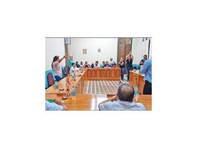 En Concepción aprueban que   intervengan la Municipalidad