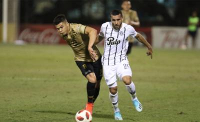 HOY / Libertad vs. Guaraní, duelo por la Copa Paraguay con el VAR como testigo