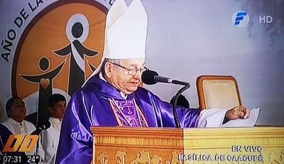 Monseñor dispara contra partidos políticos y dice que son una lacra