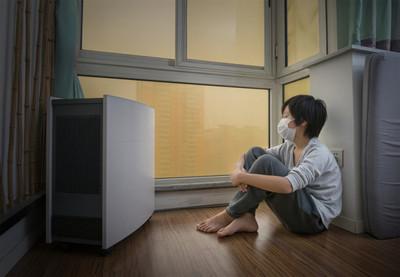 """El aire que respiramos en casa está """"más contaminado"""" que el de la calle"""
