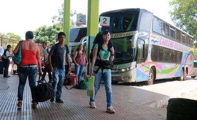 HOY / Por fiesta de Caacupé, la Terminal espera recibir a 800 mil personas