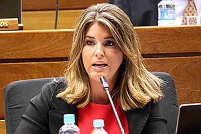 Tribunal de la ANR inicia proceso de expulsión de Cynthia Tarragó