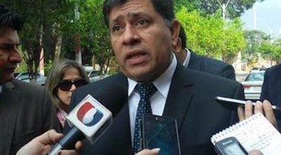 Contraloría halló anomalías en la gestión de Armando Gómez