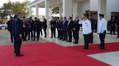 Abdo viajó al Brasil para participar de la Cumbre del Mercosur; recibirá la Presidencia Pro Témpore del bloque