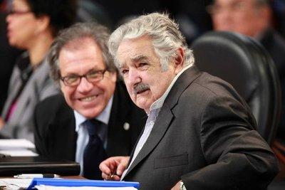 """Mujica califica de """"lamentable"""" la gestión de su ex canciller en la OEA"""