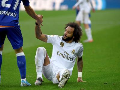 Marcelo sufre una lesión en el sóleo y no jugará el clásico