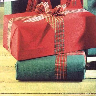 Ejecutivo ordena suspender regalos de fin de año por política de austeridad