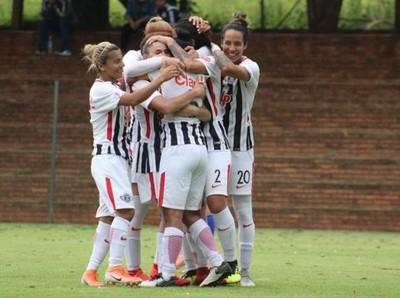 Libertad/Limpeña clasifica a la final de fútbol femenino