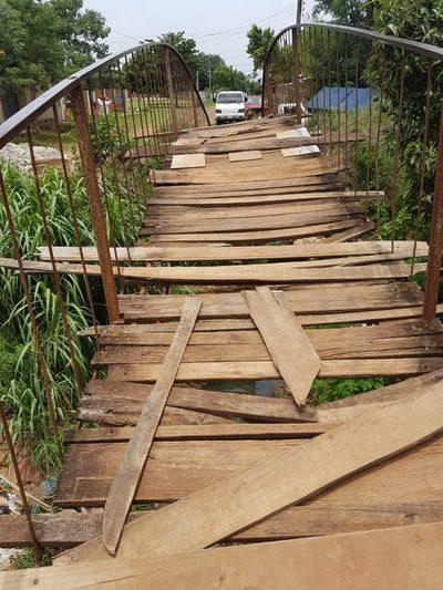 ¿Para cuándo la construcción de nuevo puente peatonal?