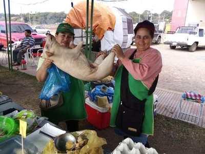 Feria granjera prosigue mañana y cuenta con fechas especiales por fin de año