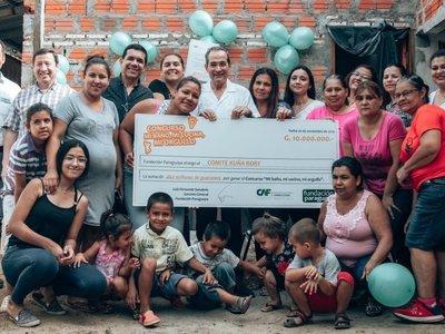 Mujeres organizadas son premiadas en concursos