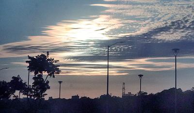 Meteorología anuncia jornada fresca a calurosa con vientos del sureste