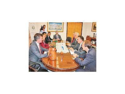 Delegación de EEUU se reunió con grupo de legisladores