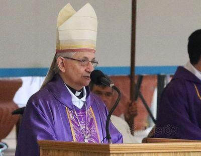 """Monseñor Giménez: """"Autoridades ya no reciben invitación directa a la misa de Caacupé"""""""