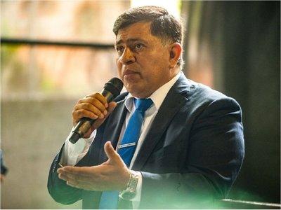 Fiscalía imputa por lesión de confianza y estafa a intendente Armando Gómez