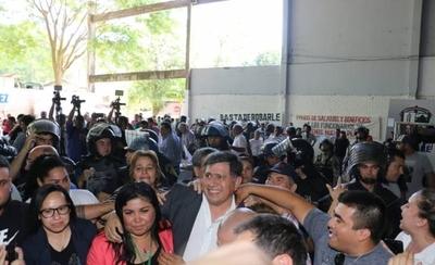 """HOY / Caos en Lambaré: """"Hoy la municipalidad está acéfala"""""""