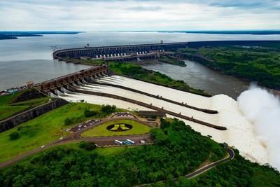 Itaipu transfirió al Estado paraguayo más de USD 544 millones