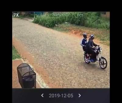 Motochorros perpetran asaltos en Costa Sosa •