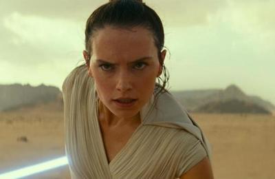 La razón por la que Daisy Ridley, protagonista de Star Wars se niega a tomarse fotos con los fans