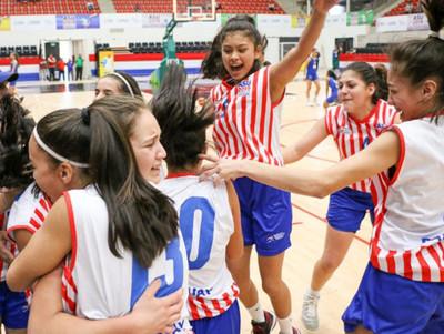 Paraguay obtiene la medalla de oro en básquet femenino