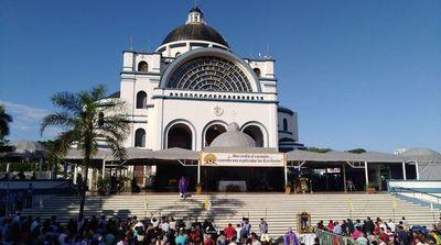 Horarios de las misas en la Basílica de Caacupé