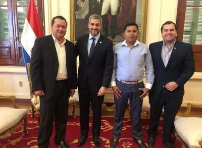 Ayolenses piden apoyo a Marito para que Isla Yacyretá sea nuevamente de Misiones