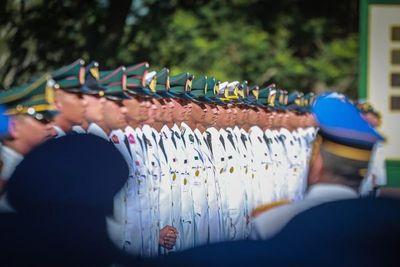Egresan 106 nuevos oficiales de la Academia Militar