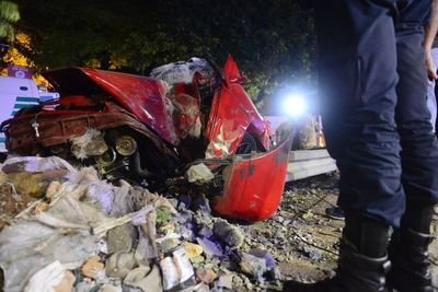 Hombre se salva de milagro tras aparatoso accidente