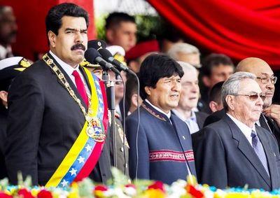 A Evo y Maduro les espera cárcel en la Corte Internacional, afirma Bolivia