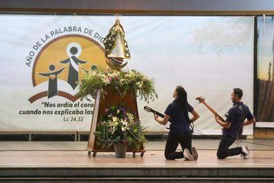 Lo mejor de la música paraguaya en homenaje a la Virgen en su santuario