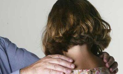 Le dan arresto domiciliario a abuelo sospechoso de abusar de su nieta