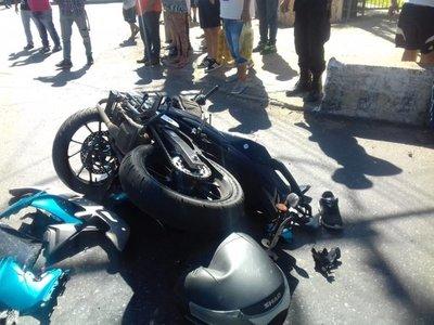 Motociclista fallece en accidente sobre avenida Félix Bogado