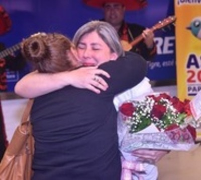 Madre e hija se reencuentran tras 43 años