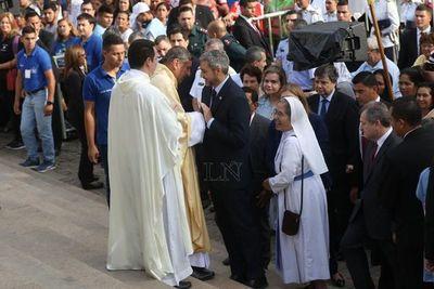"Abdo en Caacupé: ""Me tomó por sorpresa, me sorprendió"""