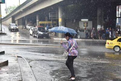 Lunes fresco a cálido y con lluvias dispersas, prevé Meteorología