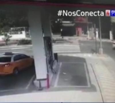 Chofer imprudente ocasiona grave accidente en Asunción