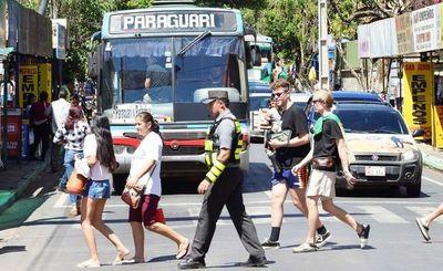 Caacupé 2019: buses que circularon sin habilitación se exponen a multas de 14 millones de guaraníes, según Dinatran